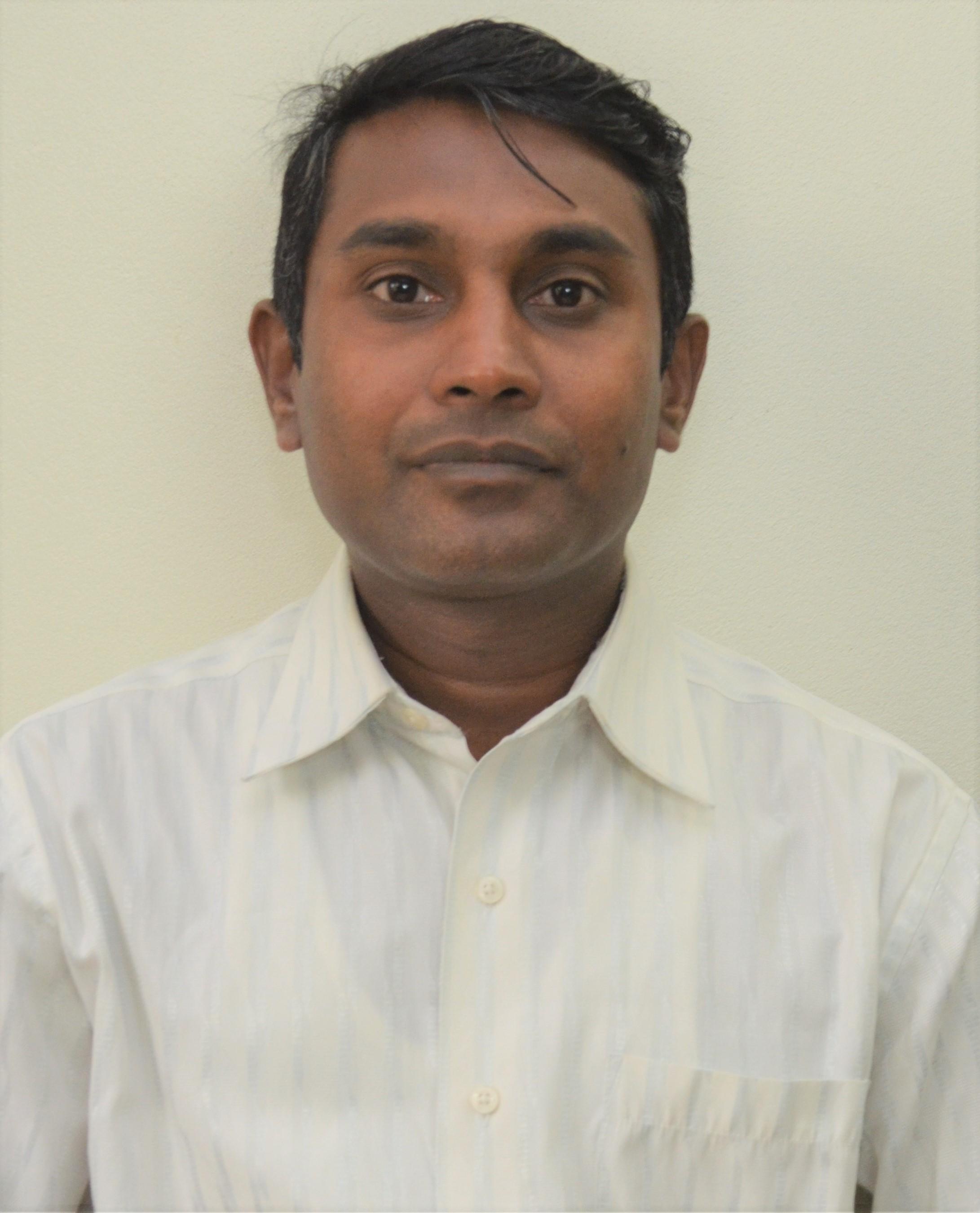 dr-dev-kumar-shah